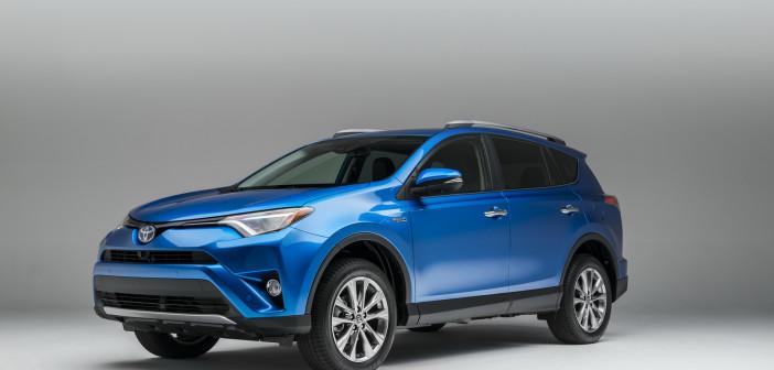 2016-Toyota-RAV4-Hybrid-4