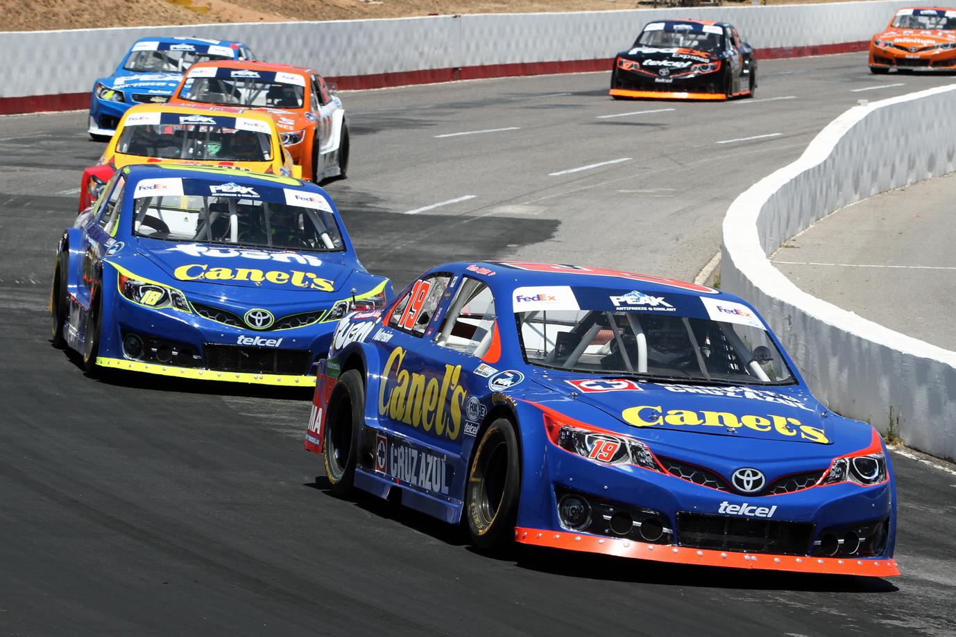"""Gran Actuación de Aguirre y Martínez en la """"Canel´s 200"""" NASCAR ..."""